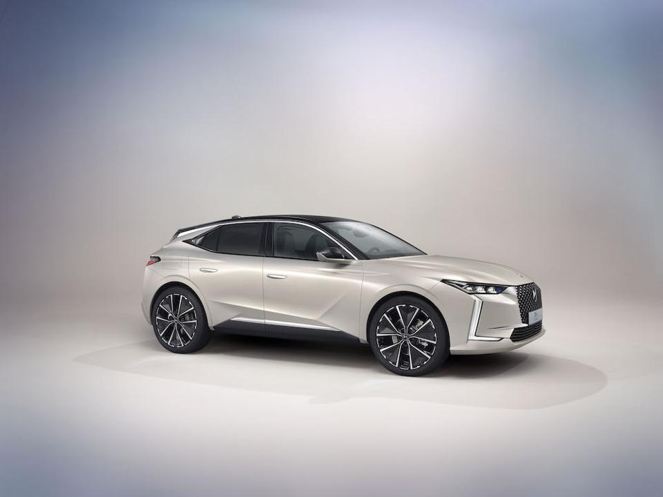 The all-new DS 4 concept car