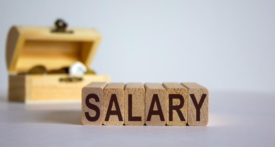 salary negotiation, negotiating pay, compensation, building confidence, salary negotiation strategies