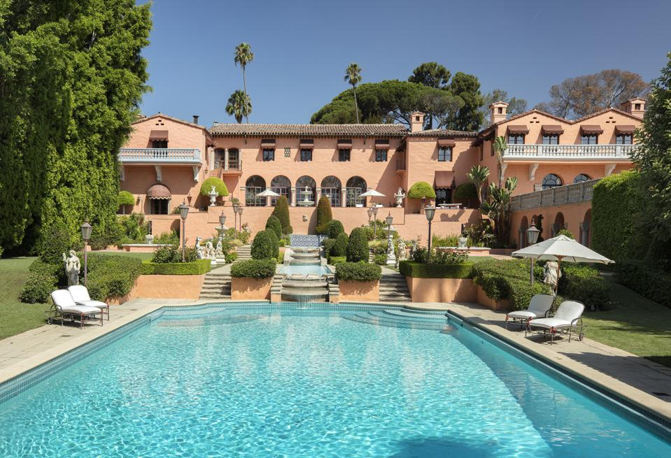 hearst estate and swimming pool in beverly hills