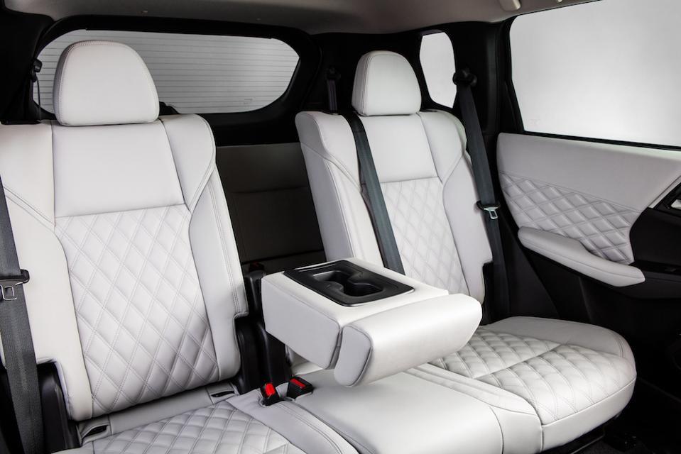 2022 Mitsubishi Outlander Rear Seat