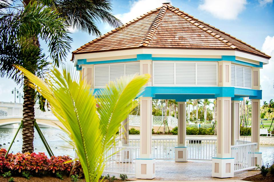 A gazebo at the resort Grand Hyatt Baha Mar.