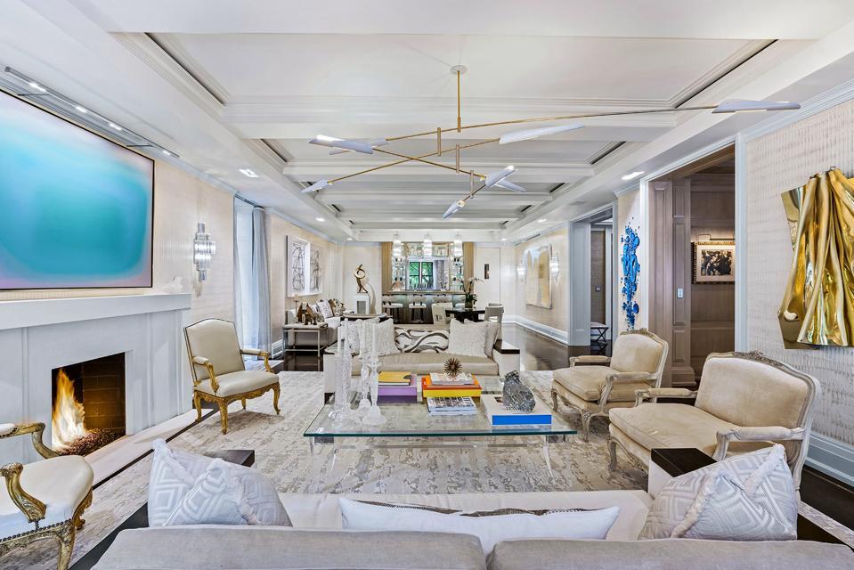 living room and bar 625 Park Avenue, Apt 1A-D, new york city manhattan