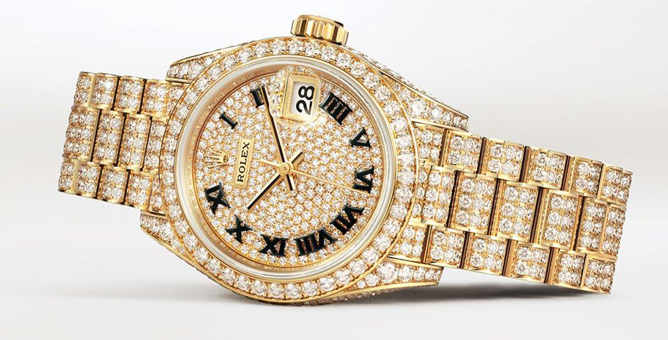 The Rolex Lady-Datejust is set with 1,089 diamonds.