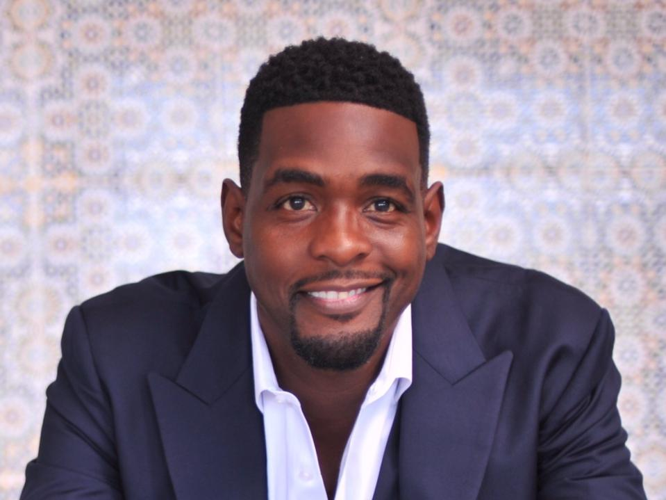 Chris Webber is partnering with Cashmere Agency to tell the Fab Five story.