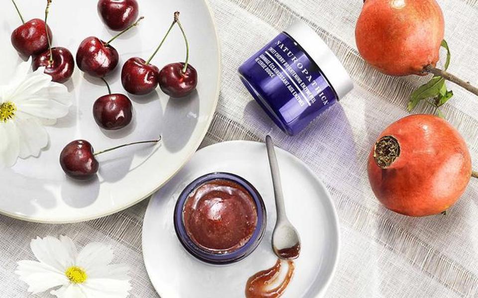NATUROPHATICA Sweet Cherry Enzyme Peel