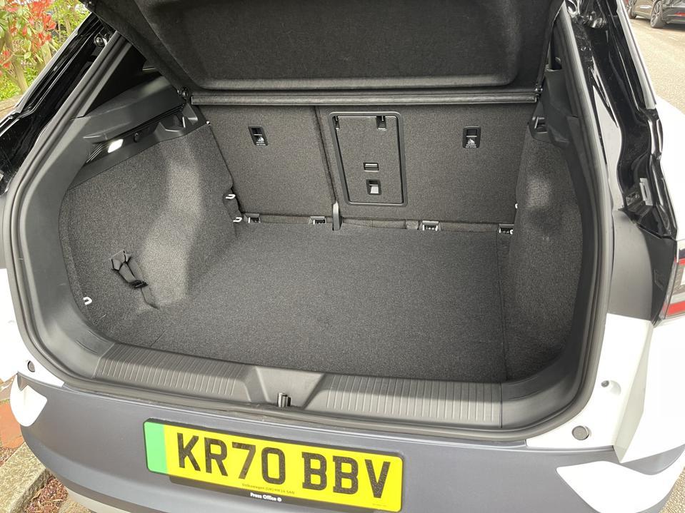 VW ID.4 boot