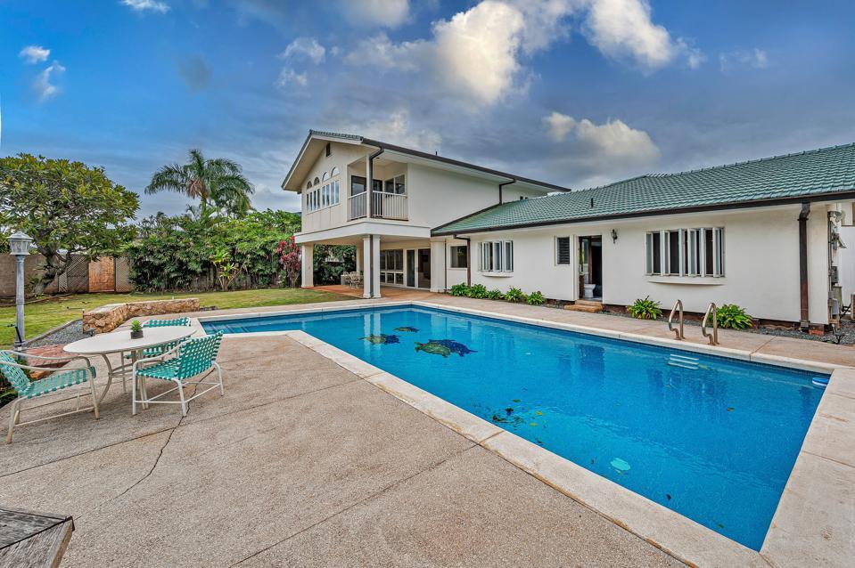 classic kahala single family home at 1145 Makaiwa Street - Oahu, Hawaii Honolulu, HI, USA