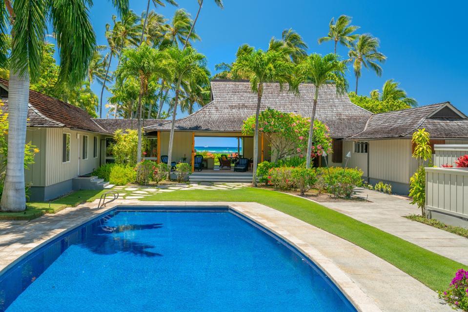Vladimir Ossipoff designed oceanfront kahala house  4679B Kahala Avenue - Oahu, Hawaii