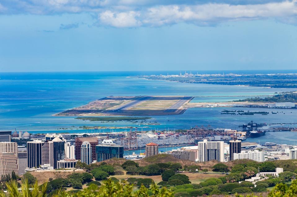 Elevated view of Honolulu International Airport