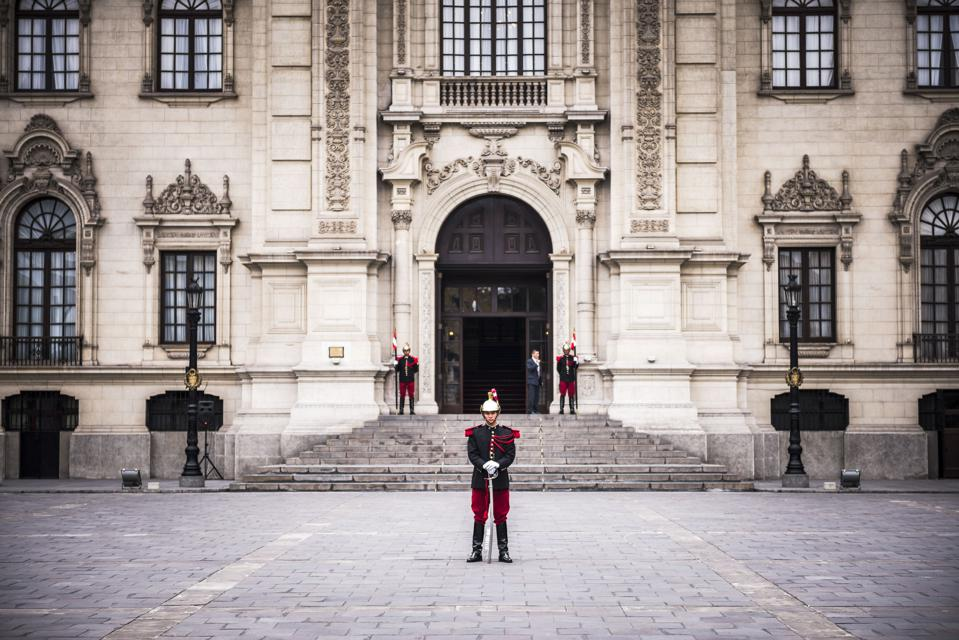 Changing of the guard at the Presidential Palace, Palacio de Gobierno, Government Palace, Lima, Peru, South America