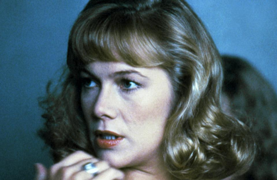 Kathleen Turner on set of Peggy Sue Got Married