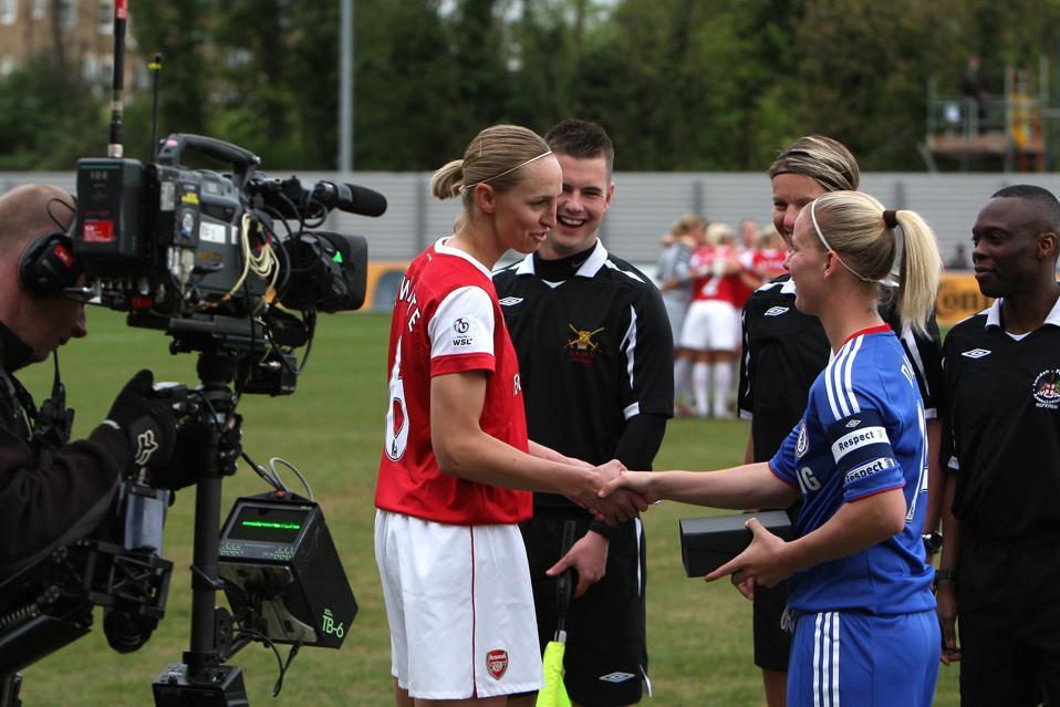 Soccer - FA Women's Super League - Chelsea Ladies v Arsenal Ladies - Imperial Fields