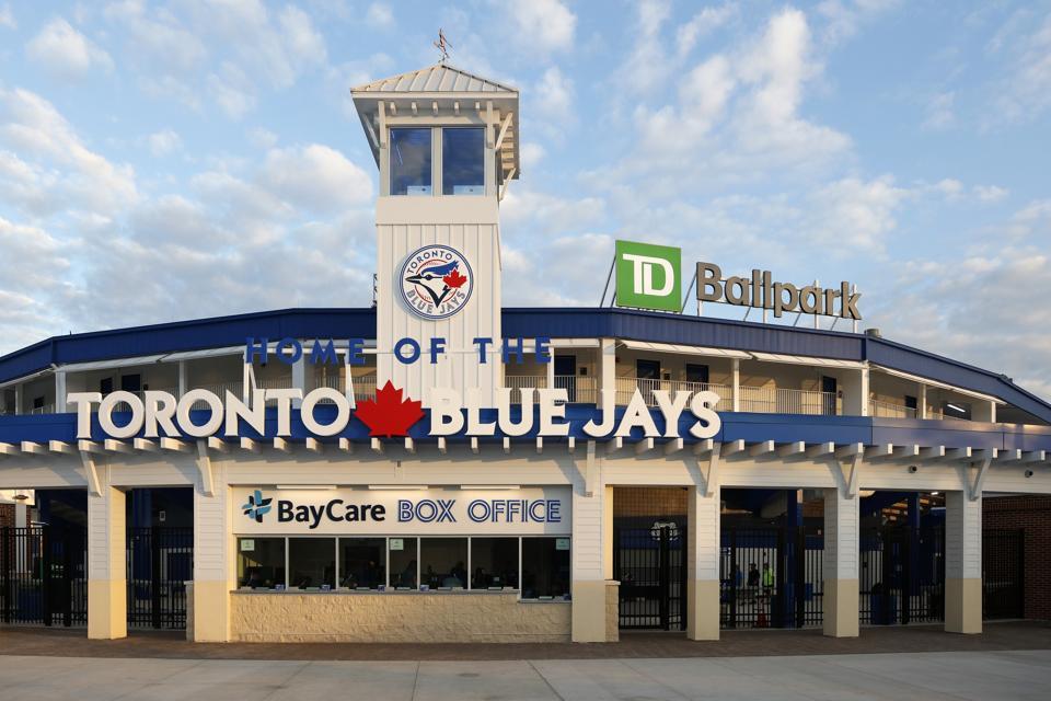 Atlanta Braves v Toronto Blue Jays