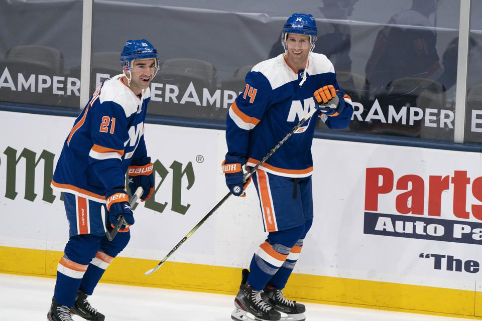 NHL: APR 08 Flyers at Islanders