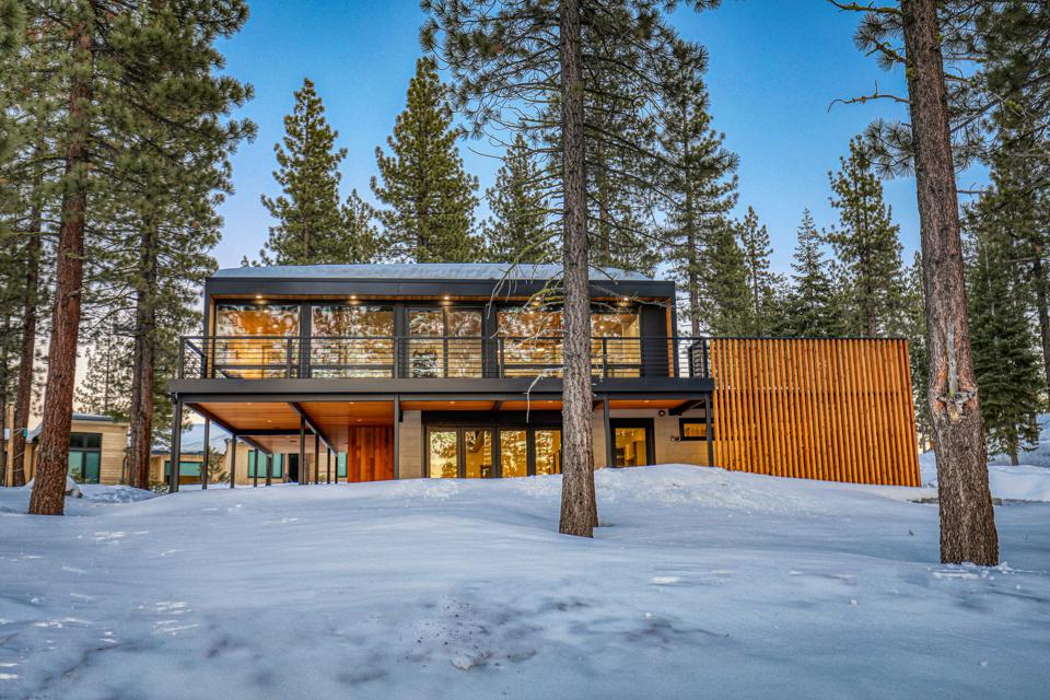 container house in truckee dave spear mountain concept 19140 Glades Place