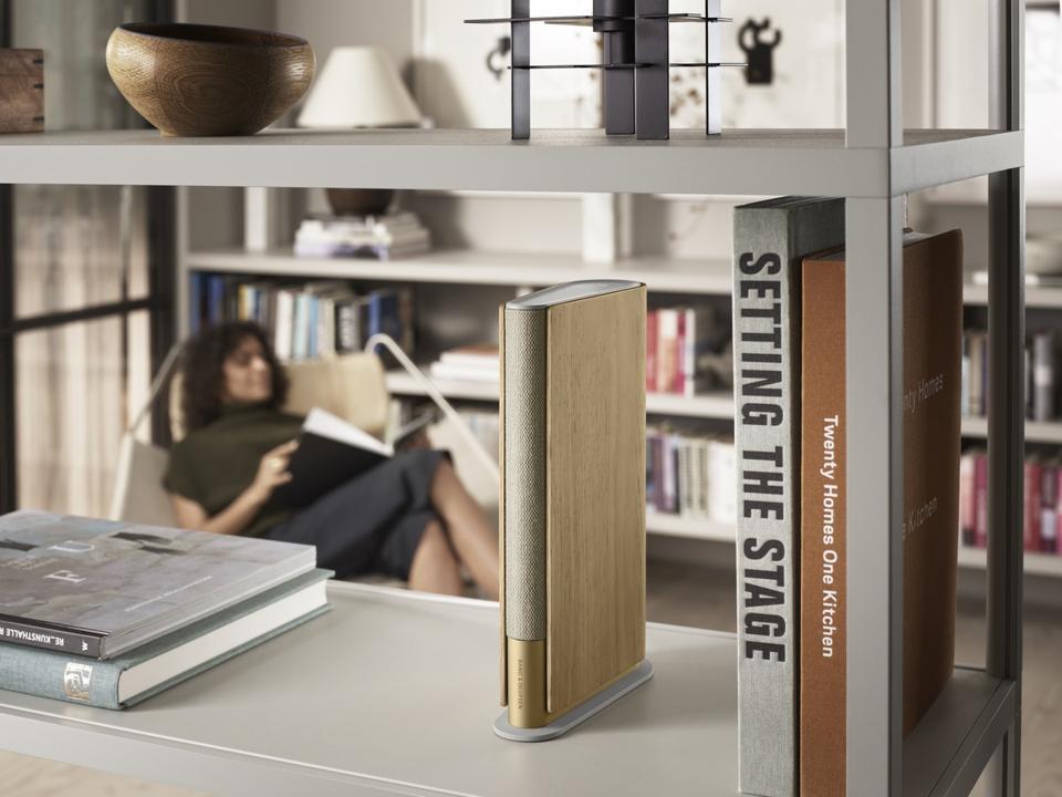 Beosound Emerge on a bookshelf