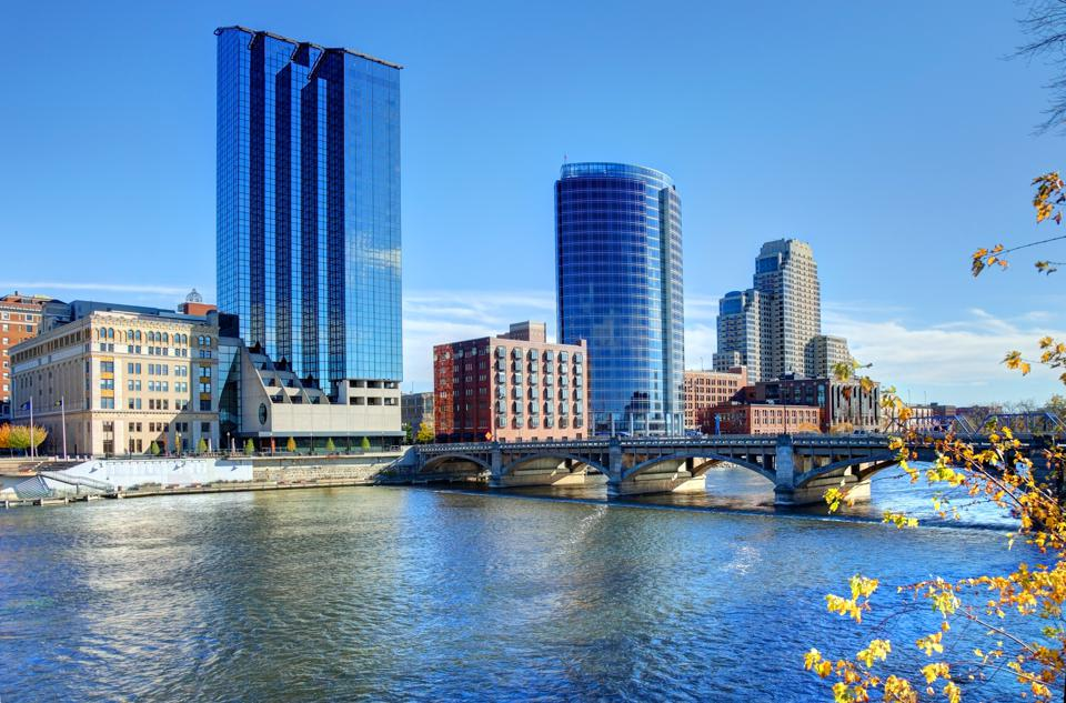 How To Spend A Family Vacation In Grand Rapids, Michigan