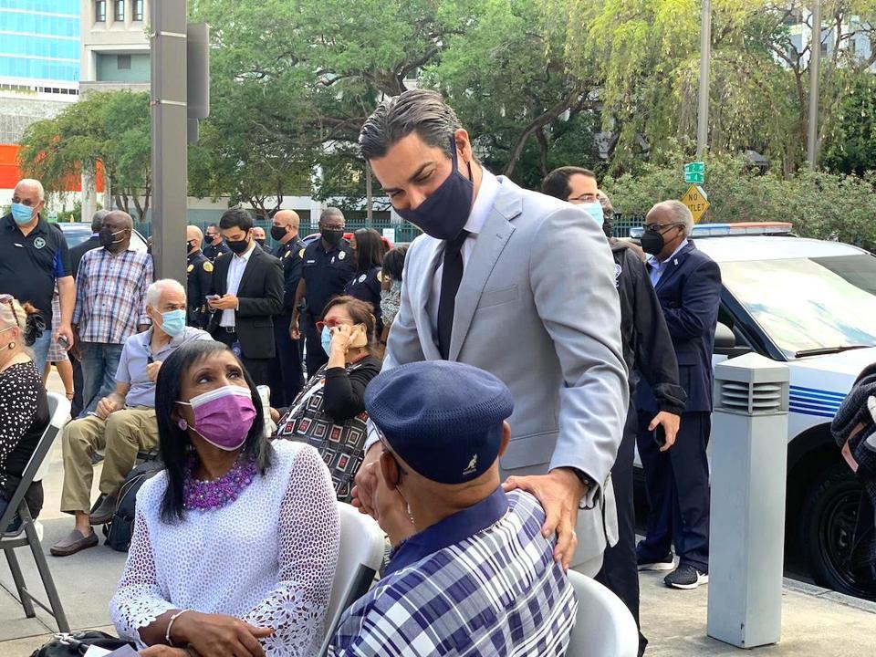 Miami Mayor Suarez Florida pandemic migration