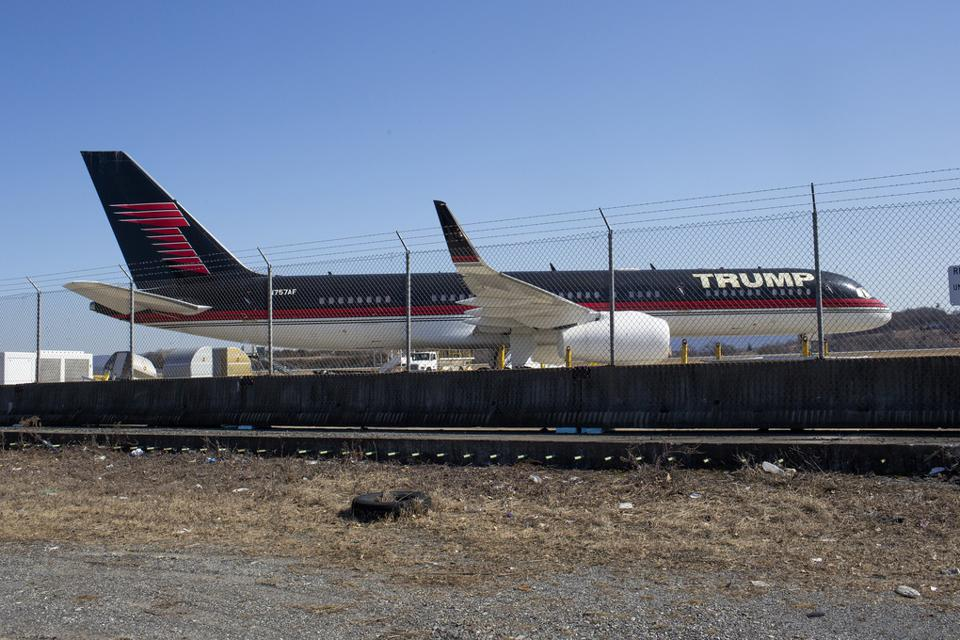 Trump's plane sitting in storage
