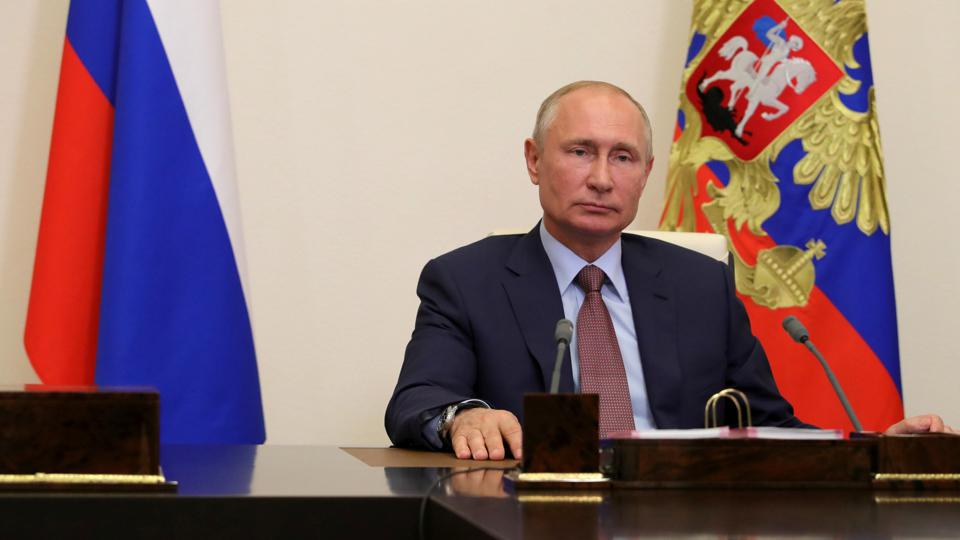 Presidents of Russia and France meet for talks
