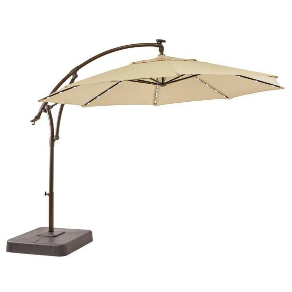 the best patio umbrellas for beating