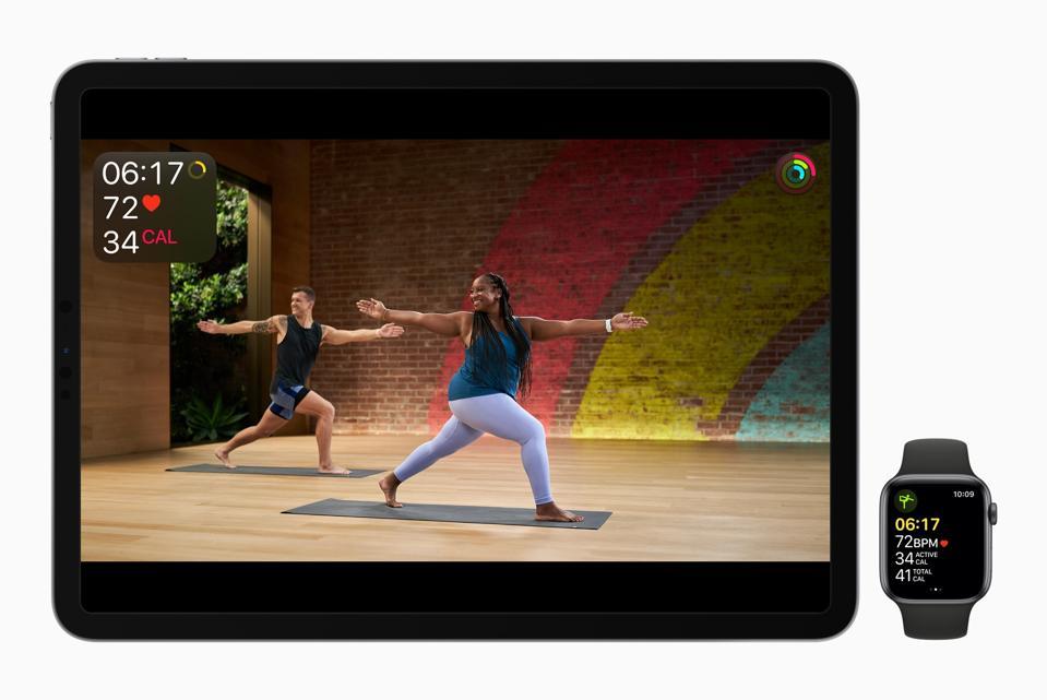 Yoga come parte del programma Fitness +
