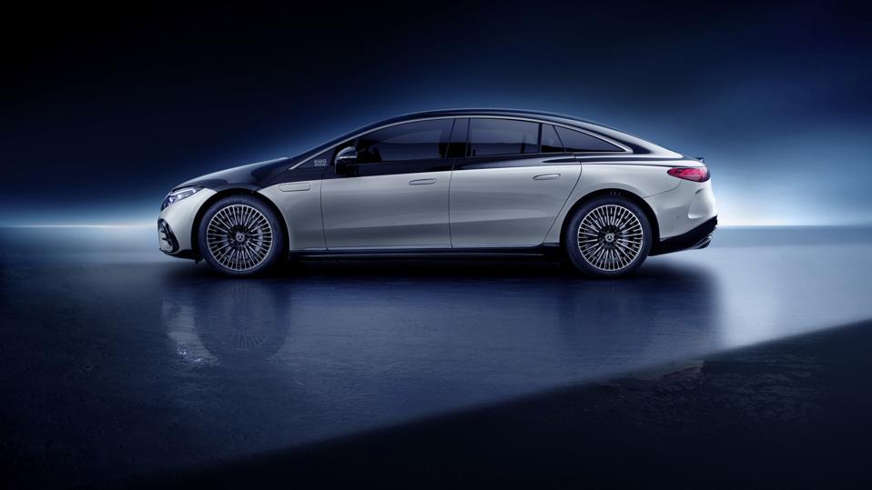 Mercedes-Benz EQS side profile