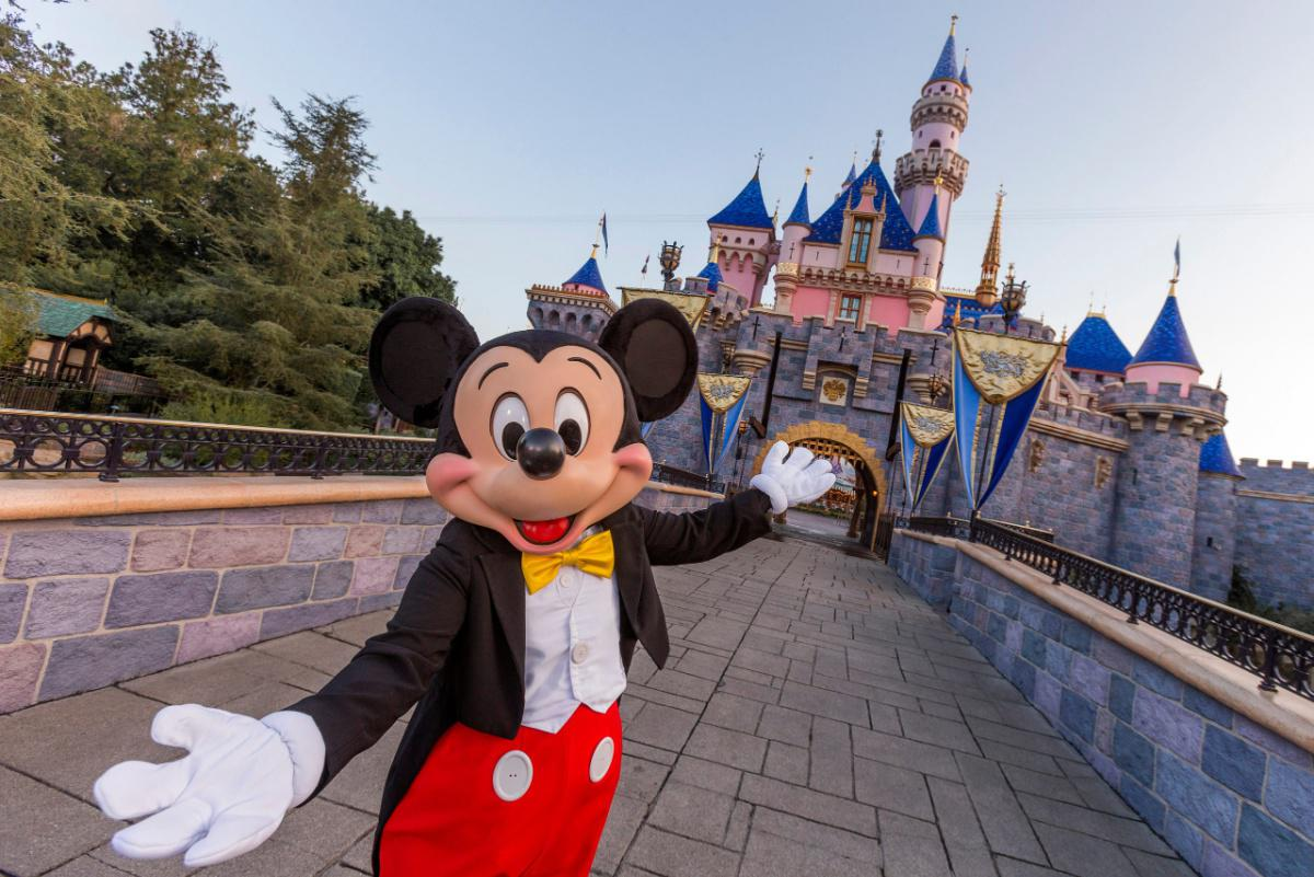 Disneyland reopening tickets reservations 2021