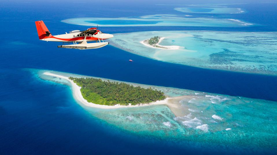 Maldives islands vaccinations travelers covid