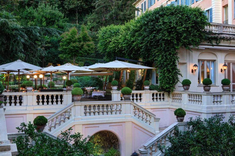 Los jardines del balcón del Hotel De Rossi