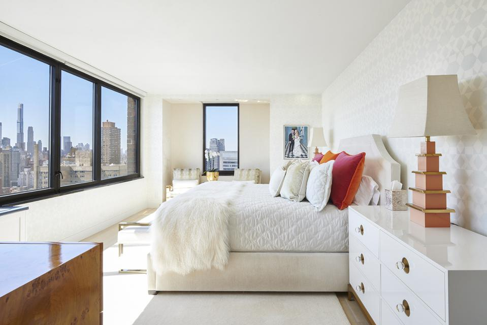 primary bedroom in yorkville apartment 52 east end manhatta nyc