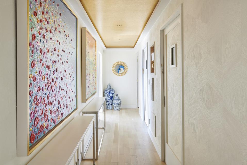 hallway inside yorkville manhattan apartment dr neal schultz warburg nyc