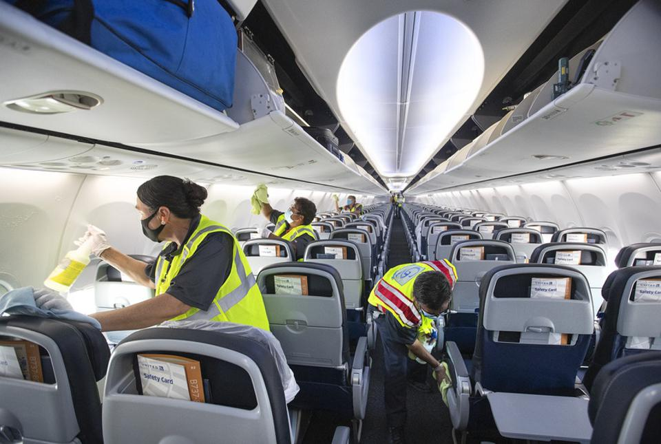 United Airlines uses electrostatic sprayer to dissinfect their airplanes