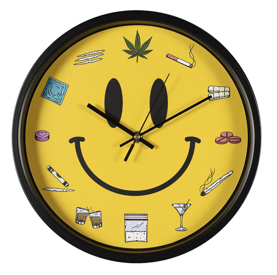 The Happy Hour Clock by This Is Addictive will be available exclusively through Nifty Gateway on 4/20.