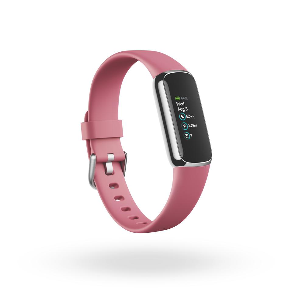 The Platinum color finish on the Fitbit Luxe.