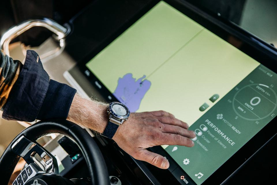 The Eelex 8000 electric boat by X Shore has a giant 24″ touchscreen.