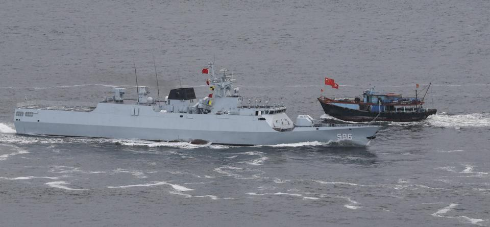 Type 056 corvette Huizhou (596) of The People's Liberation Army Navy enters Hong Kong waters from southern Hong Kong. 07JUL17 SCMP / Felix Wong
