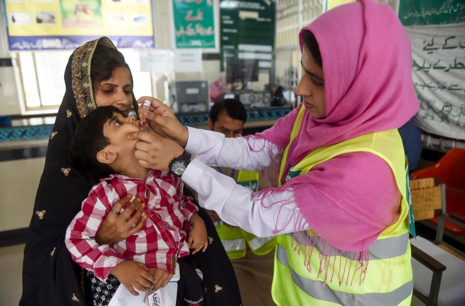 vaccines, vaccination, polio, pakistan