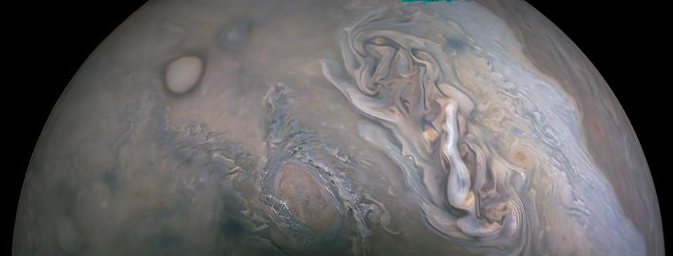 Another image from Juno's latest Perijove 33 flyby of Jupiter.