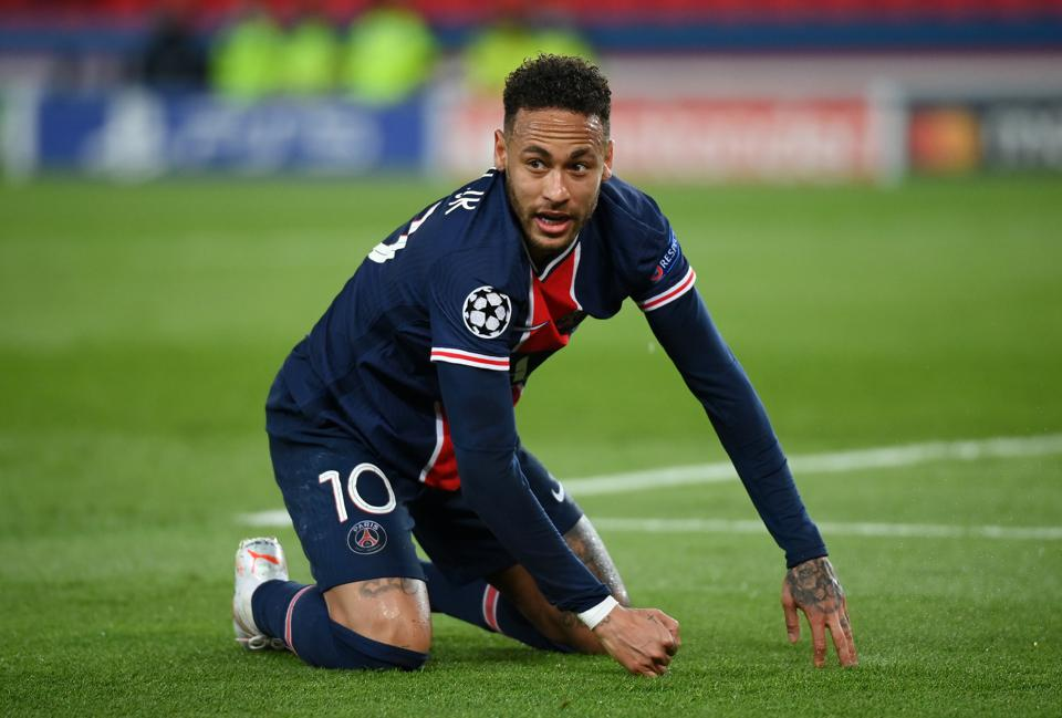 PSG have failed to get Neymar to sign a new contract, pushing the Brazilian back to PSG.