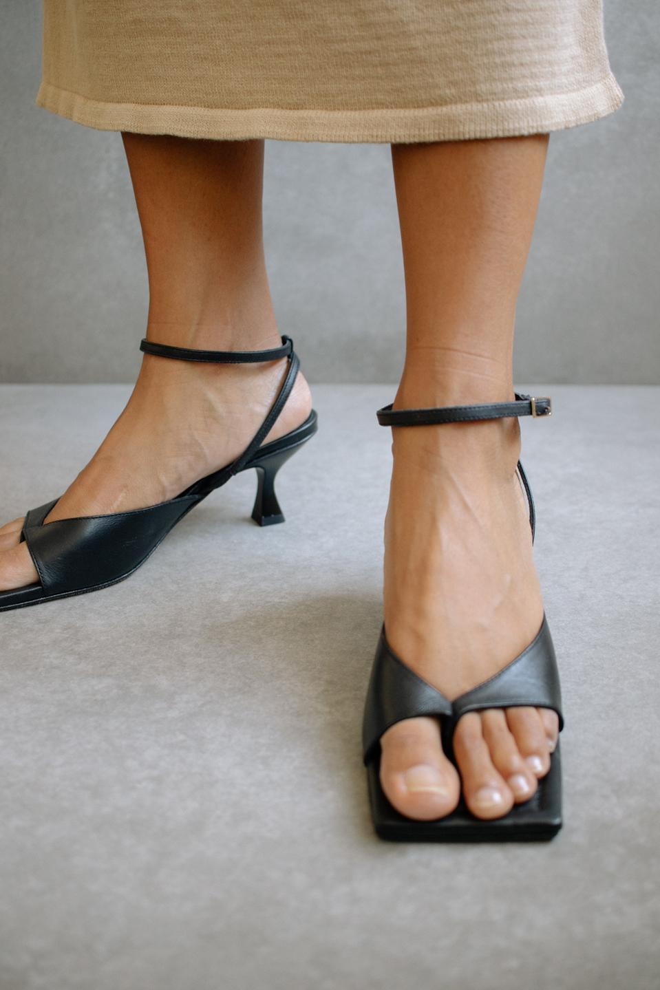 Martini Black sandal, by Alohas.