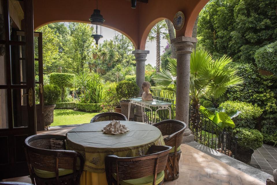 garden setting luxury home san miguel de allende mexico