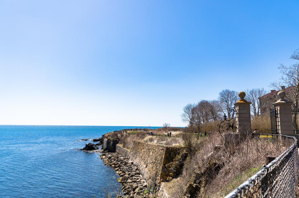 NEWPORT, RI - See the Cliff Walk in Newport, RI