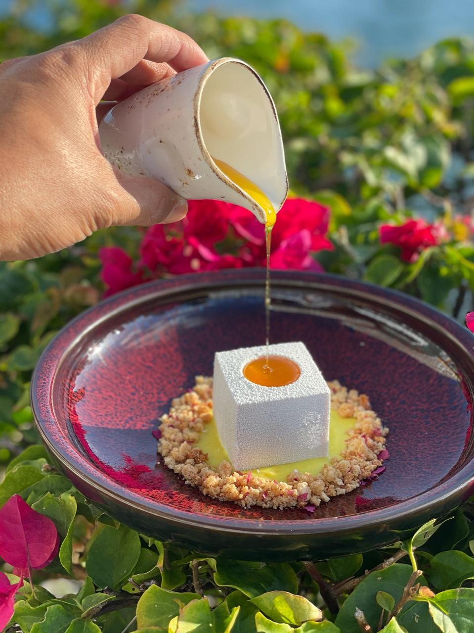 Honey dessert