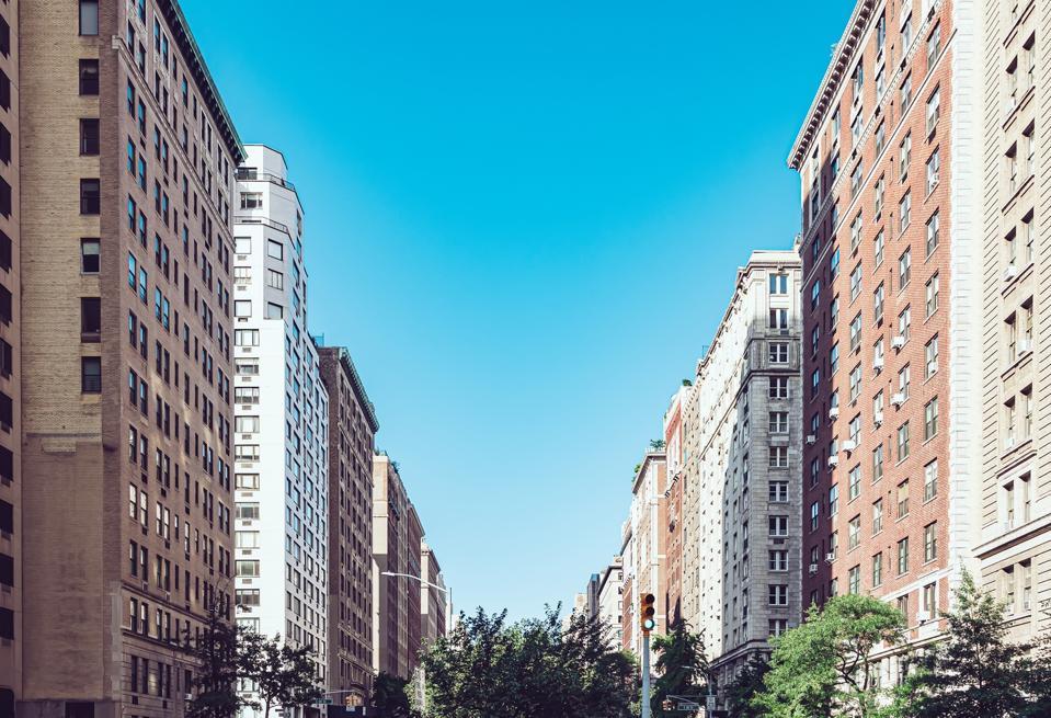 Park avenue in Upper Manhattan