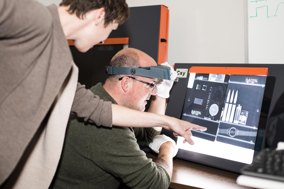 Phoenix team reviewing a neutron image.