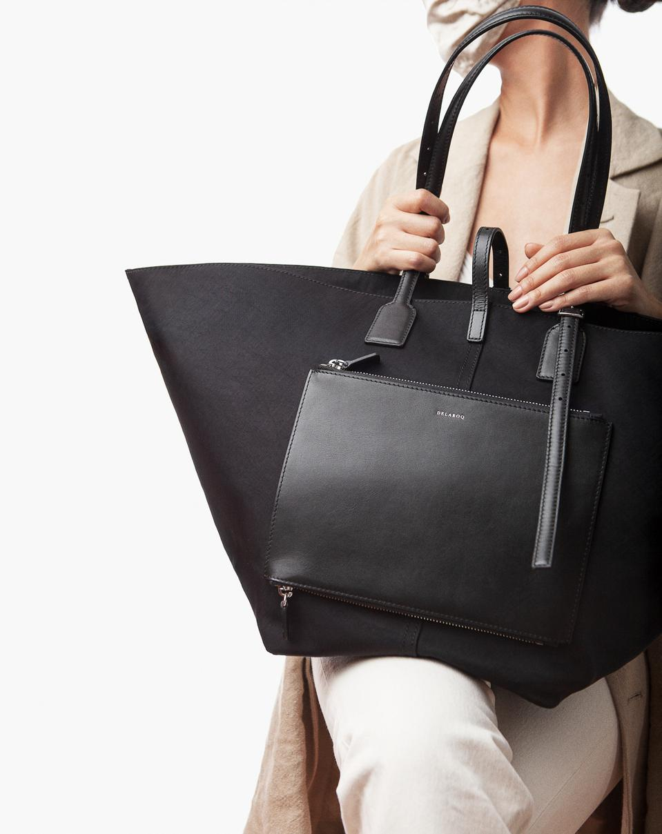 The Grand Concierge carryall, as suggested by the name, considers women's habits, rituals, and lifestyles evaluating what would serve them reliably and consistently.