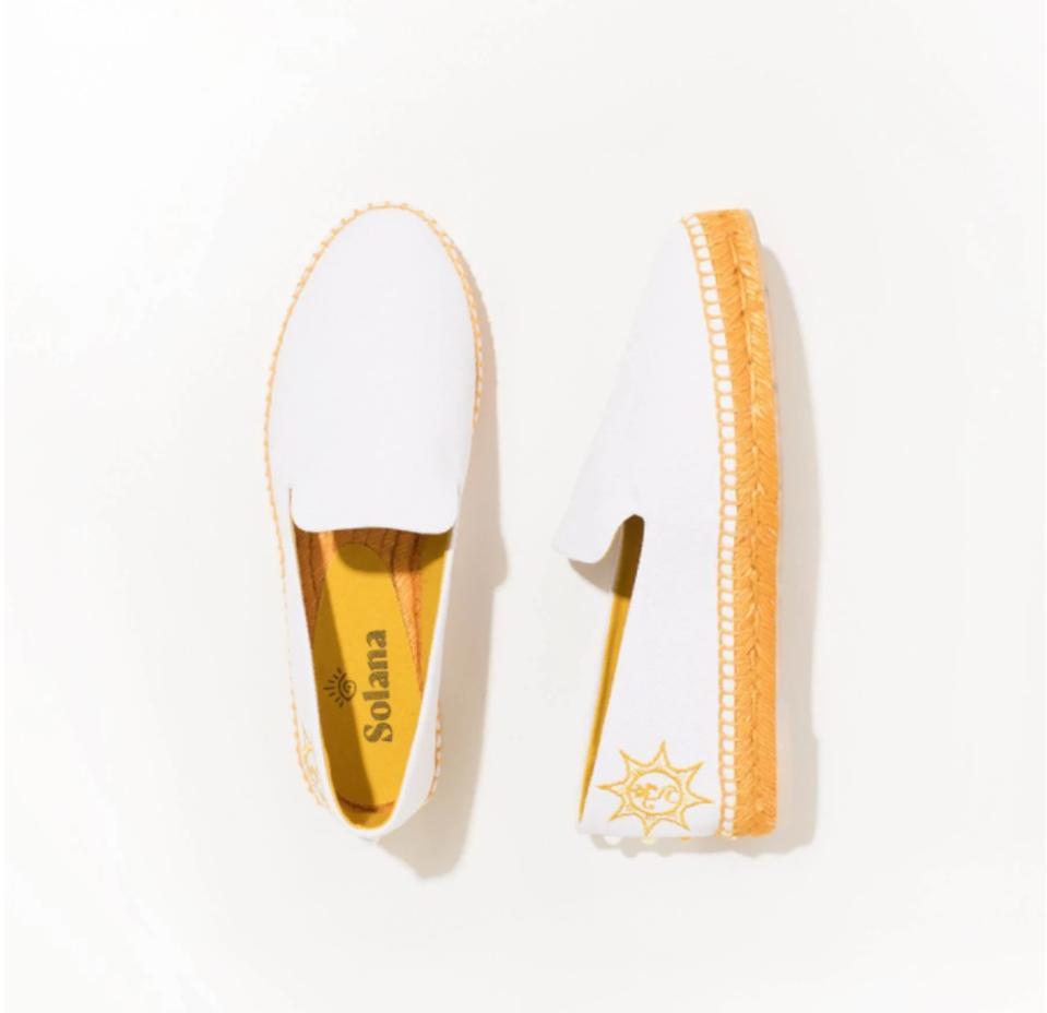 Solana Ubud white and gold vegan shoes