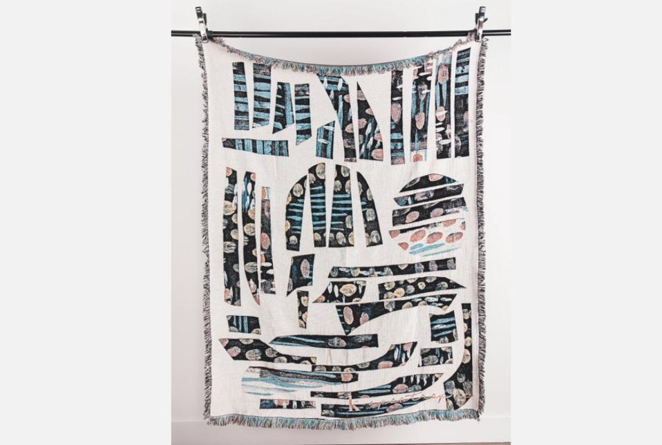 k-apostrophe Hieroglyph Throw Blanket