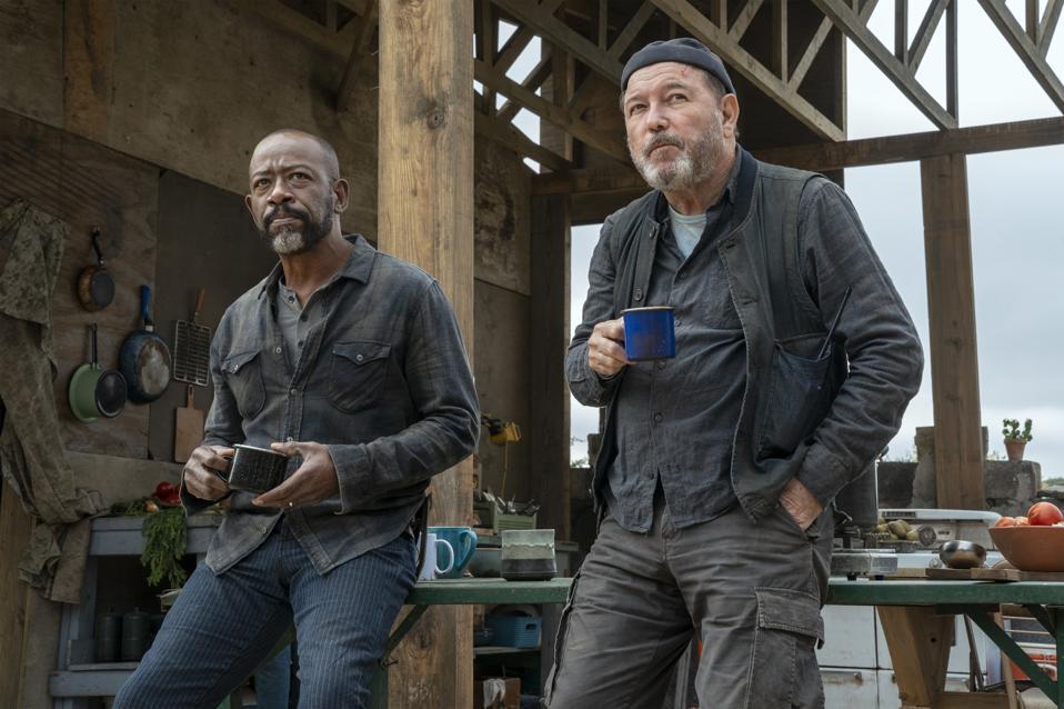 Fear The Walking Dead Morgan and Daniel drinking coffee